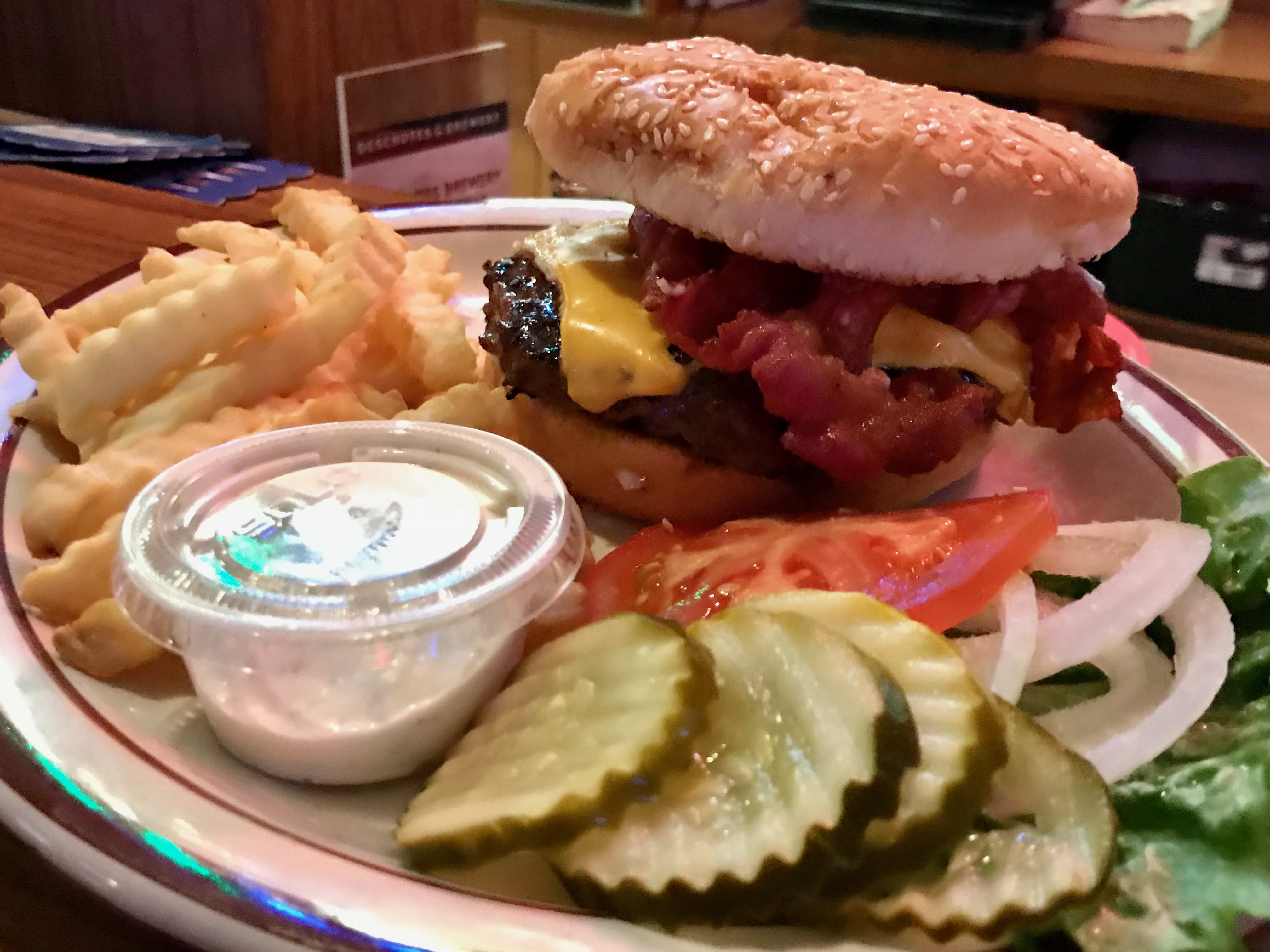 Bacon Cheeseburger at Two Bits and a Bite - February 1 2018