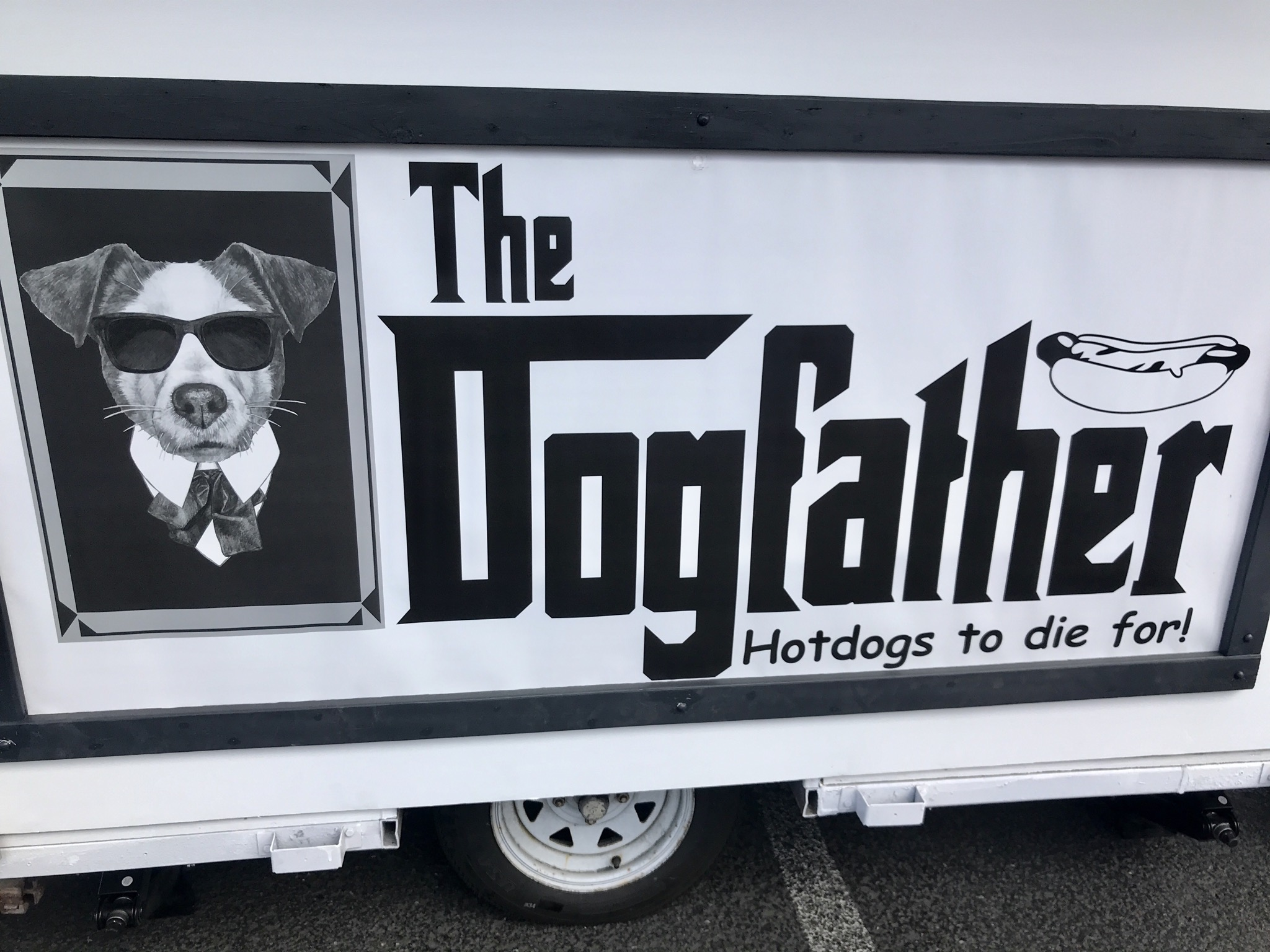 Hot Dogs at the Dogfather Hot Dog Cart in Kennewick – April 18 2020