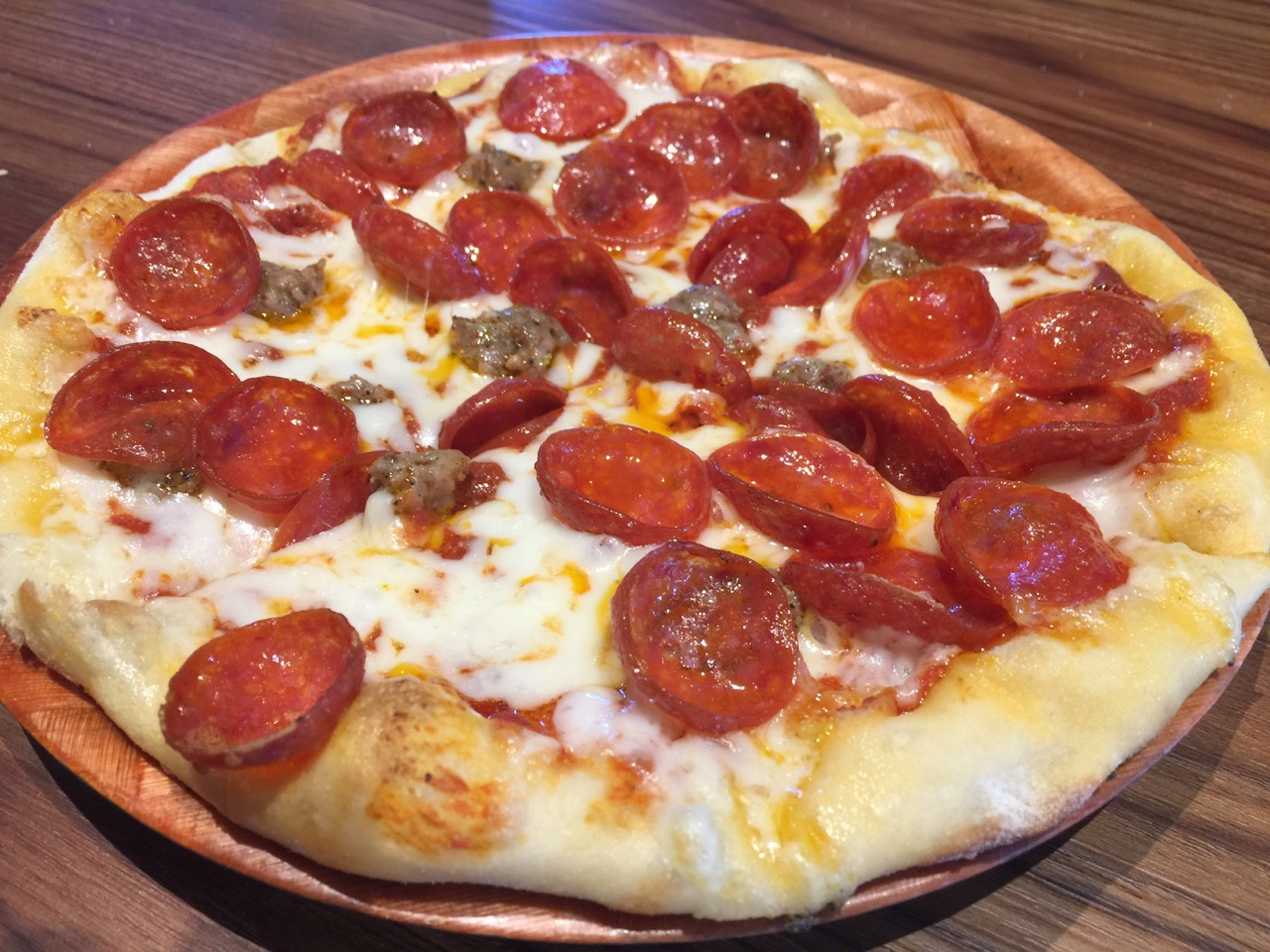 Some Goodness at 4th Base Pizza and Wings – August 30 2017