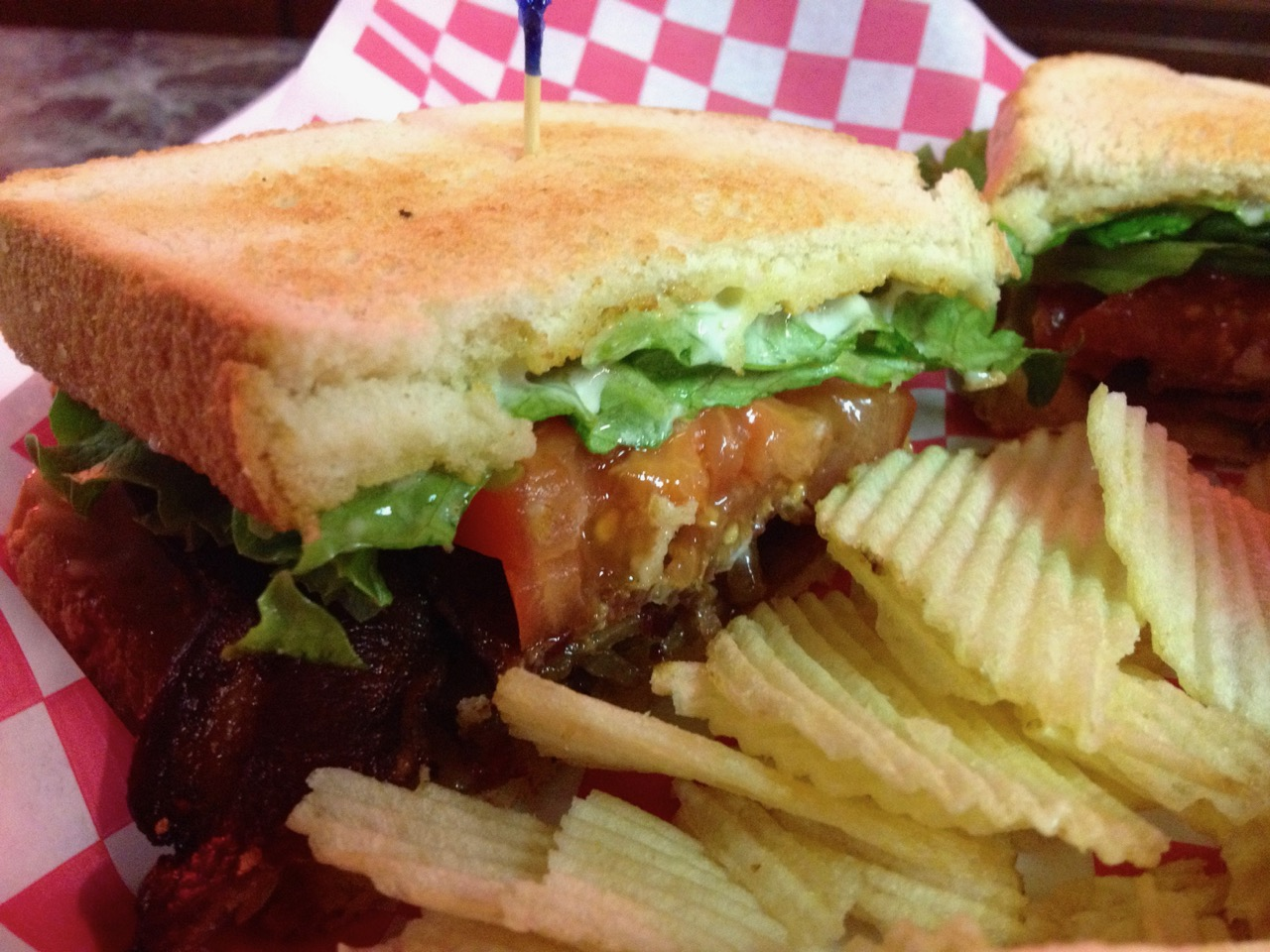 A Darn Good Turkey Melt & BLT at the Sportspage – September 10 2013