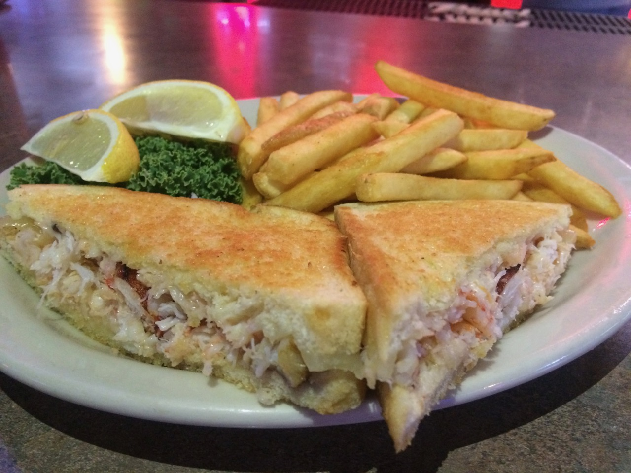 A Delicious Crab Sandwich at Uncle Sam's Saloon – September 21 2017
